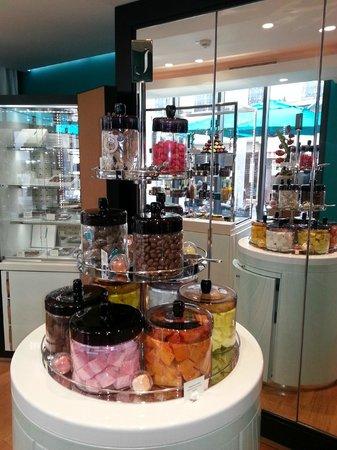 Salon de Gourmandises Intuitions By J. : Boutique