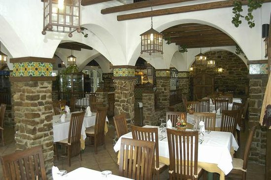 Comedor picture of hostal el jardin chiclana de la for Hostal el jardin chiclana