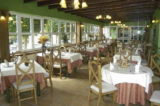 Hostal El Jardin: salon comedor
