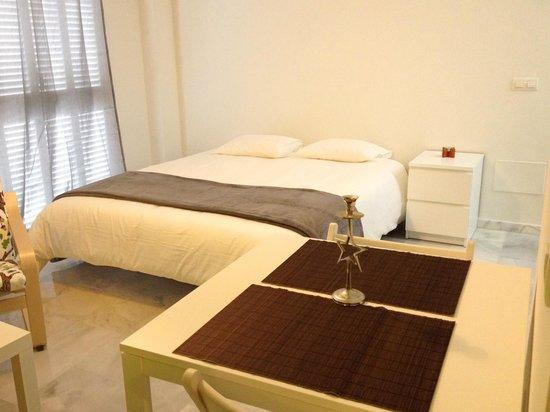 Apartamentos La Biznaga: Canasteros. Estudio Deluxe + Solarium + 2 balcones