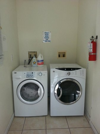 Galleria Guesthouse : washer and dryer is free!
