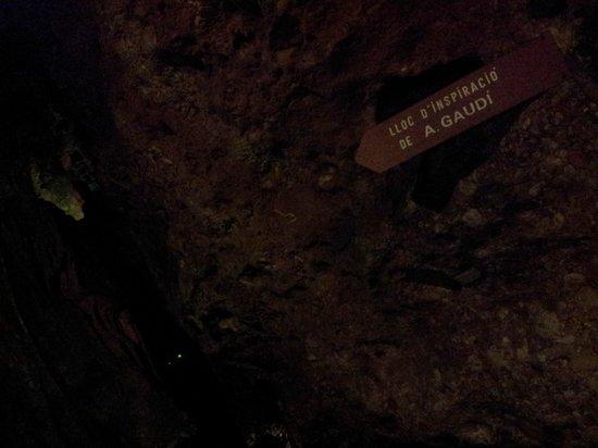 Las Cuevas del Salitre: Inspiración de Gaudí