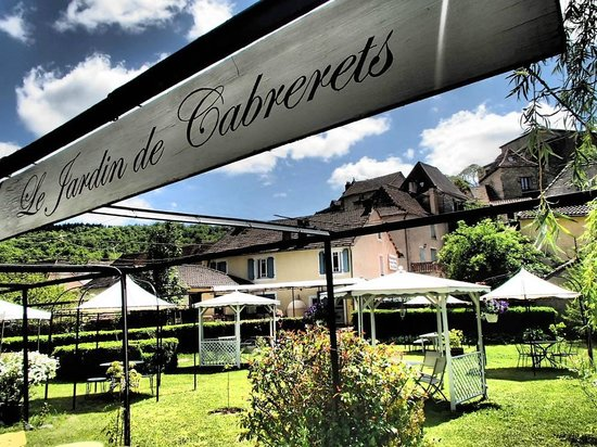 Le jardin de cabrerets restaurant picture of le jardin for Restaurant jardin lee