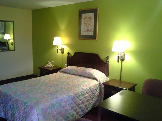 Photo of Red Carpet Inn Augusta