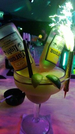 Hotel Breakwater South Beach: Убойный коктейль в баре отеля