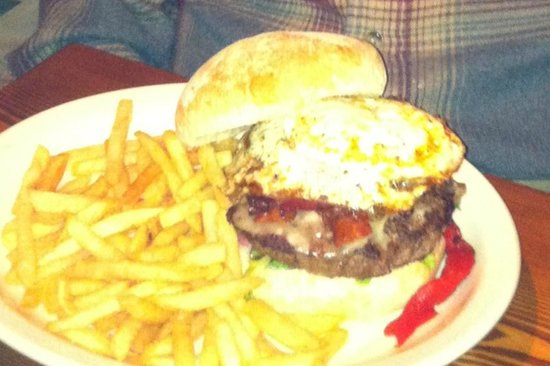 Park Squeeze: This is the Squeeze Burger, beautiful burger topped with fried egg