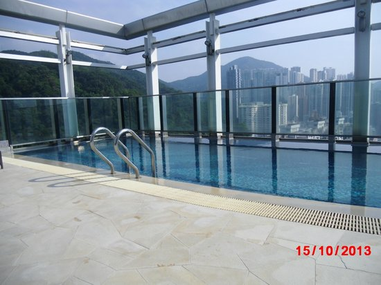 L'hotel Causeway Bay Harbour View : Swimming pool