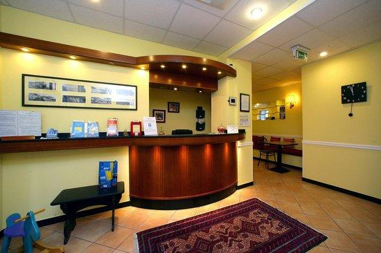Hotel La Camogliese: Reception