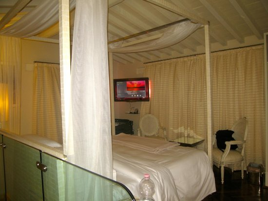 Hotel Brunelleschi: Our Room