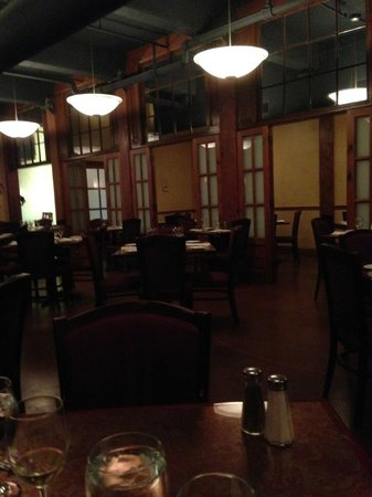 O'Porto Restaurant: main dining room