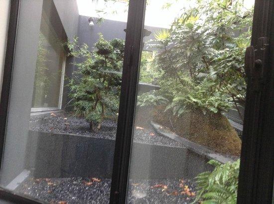 La Villa Maillot : le jardin extérieur,zen attitude