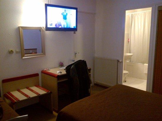 Hotel Hermes Bourgogne Dijon: espace agréable et propre