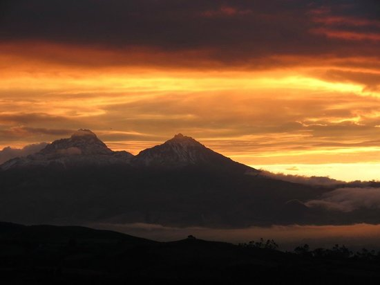 The Secret Garden Cotopaxi: Mountain Sunset