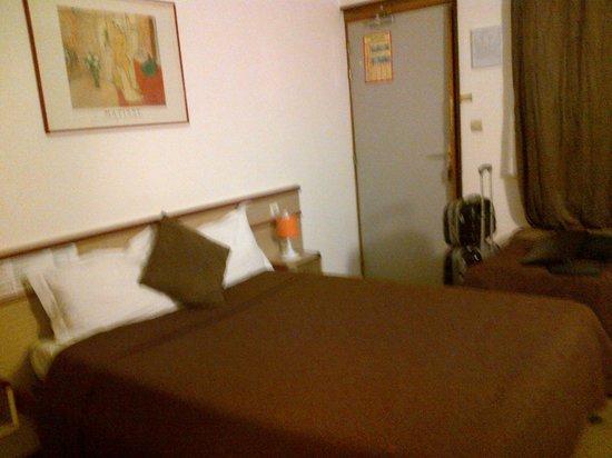 Hotel Hermes Bourgogne Dijon : lit