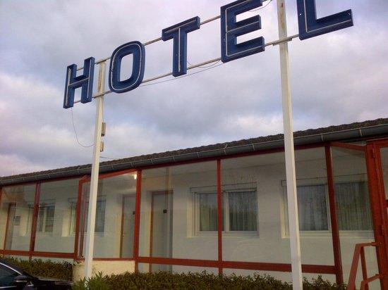 Hotel Hermes Bourgogne Dijon: vue des chambres à l'arrière