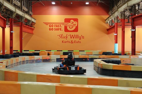 Slick Willy's Karts & Eats