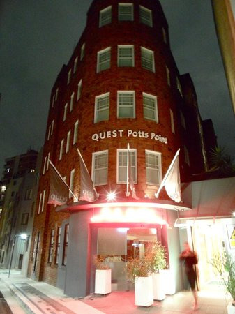 Quest Potts Point: EXECUTIVE TWIN SUITE