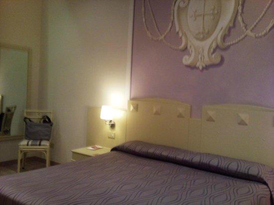 Bologna Hotel Pisa : letto comodissimo