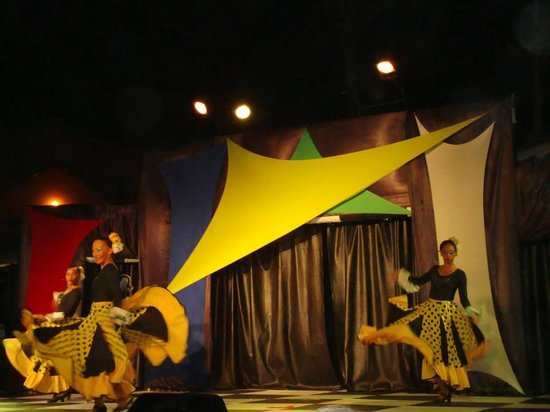 Decameron San Luis : Shows
