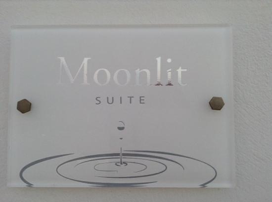 Above Blue Suites : nombre de la habitacion