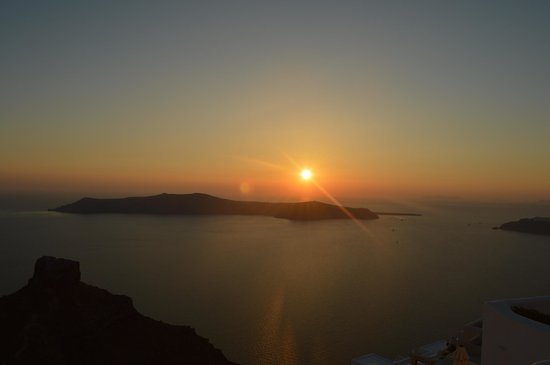 Artemis Villas: Would never grow tired of that sunset....