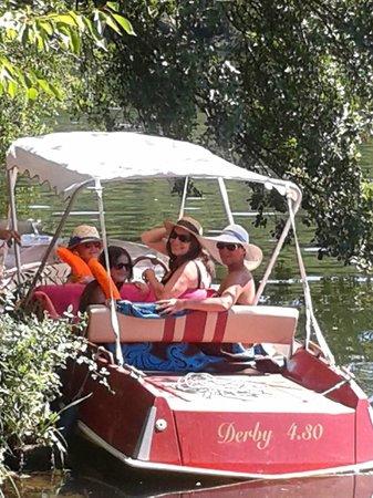 Le Domaine De Guillalmes : Location bateau électrique sans permis