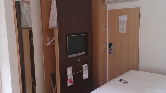 Ibis Antwerpen Centrum : Room