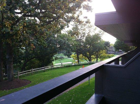 Grand Geneva Resort & Spa: Frank Lloyd Wright-inspired Balcony & Grounds
