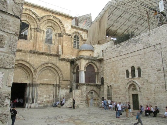 Danny the Digger: Church of Holy Sepulchre
