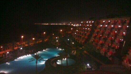 Holiday Village : fab view at night