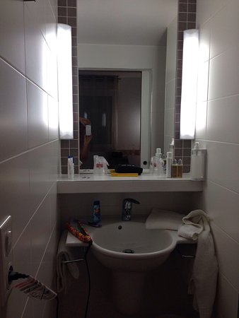 Best Hotel Reims Croix Blandin: Lavabo