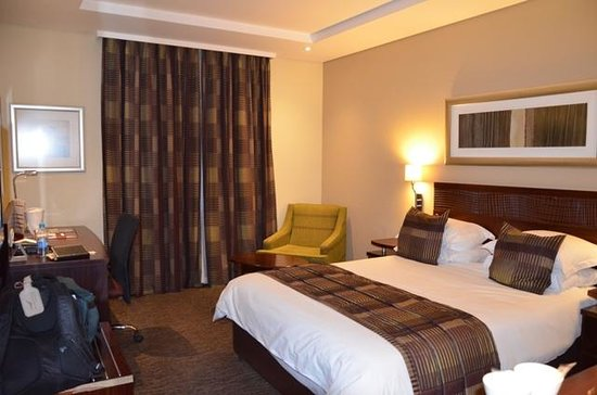 City Lodge Hotel OR Tambo Airport : Single Room