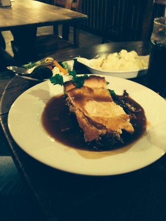 The George Inn: Steak and ale pie. Lovely but a generous portion we couldn't finish. Fairly priced though