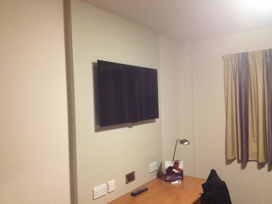 Nice Sized Tv With Usb And Hdmi Picture Of Premier Inn Durham City