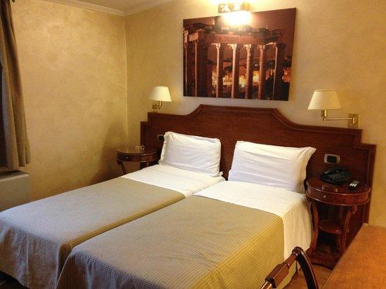 Kent Hotel Rome: La camera!