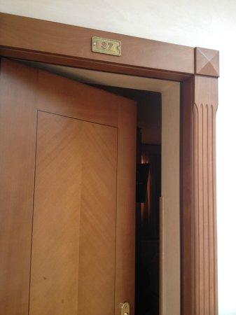 Kent Hotel Rome: La 37