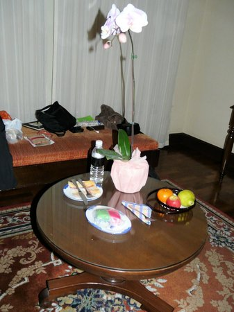The Majestic Malacca: Our 'own' orchid and treats