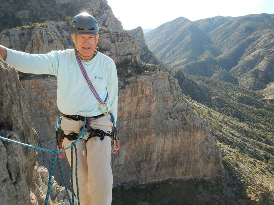 Paragon Adventures : At the belay ledge in Limekiln Canyon, Nevada