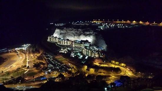 Hotel Altamadores : amadores by night