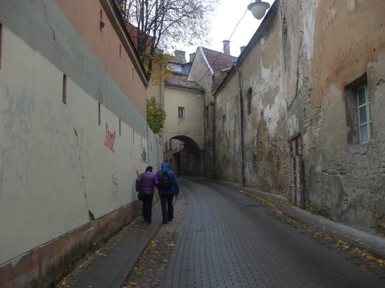 Barbacan Apartments: Medieval Street near the apartments