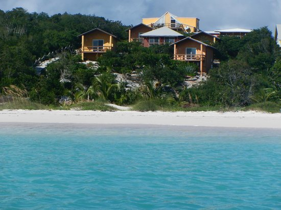 Shannas Cove Resort: View from Ocean of Shanna's Cove resort