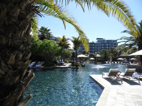 One&Only Cape Town: Wonderful Pool Area