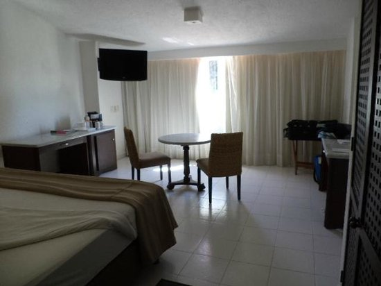 Las Brisas Huatulco: Room