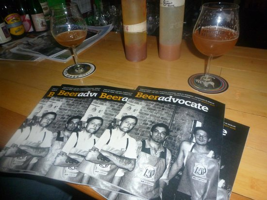 Blackback Pub: A stack of Beer Advocate magazines on the bar