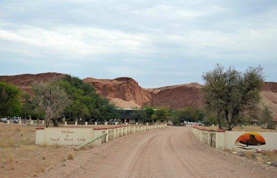 Namib Desert Lodge: lodge entrance