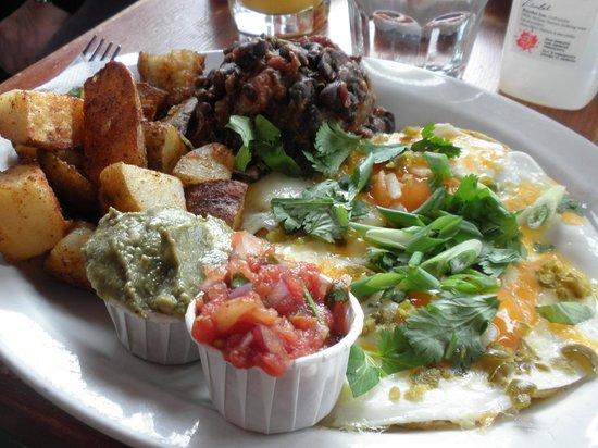 Tree-House Cafe: Huevos Rancheros