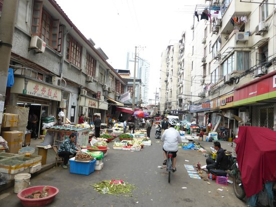 China Cycle Tours: Back Alley Market