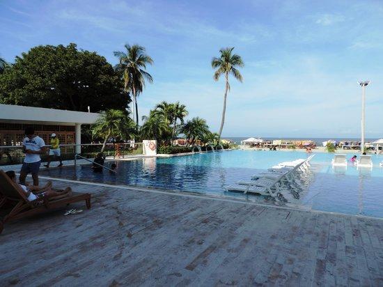 Hotel Tamaca Beach Resort: piscina