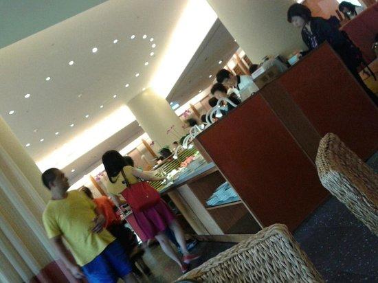 Luminous Hot Spring Resort & SPA: breakfast buffet
