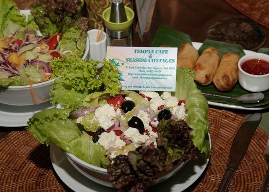 Temple Cafe & Seaside Cottages : The greek salad a must